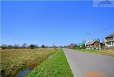 Land for sale with the area of 1200 m2